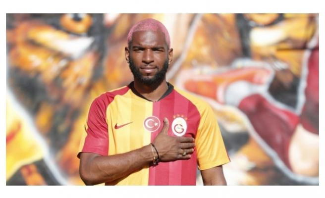 Ryan Babel'den Galatasaray taraftarına yeni sezon mesajı