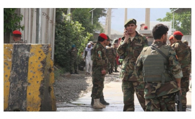 Afganistan'da bir polis 7 polisi öldürdü!