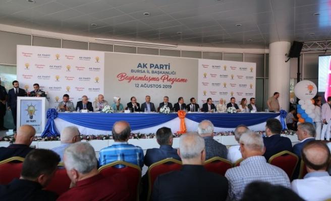 AK Parti Bursa teşkilatı bayramlaştı