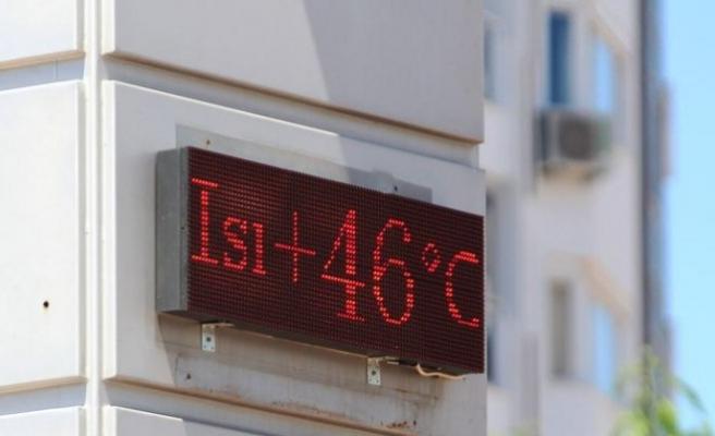 Çöl sıcakları Antalya'yı kavurdu