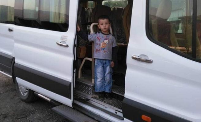 Bursa'da korkunç olay! Kamyonet çocuğu ezdi