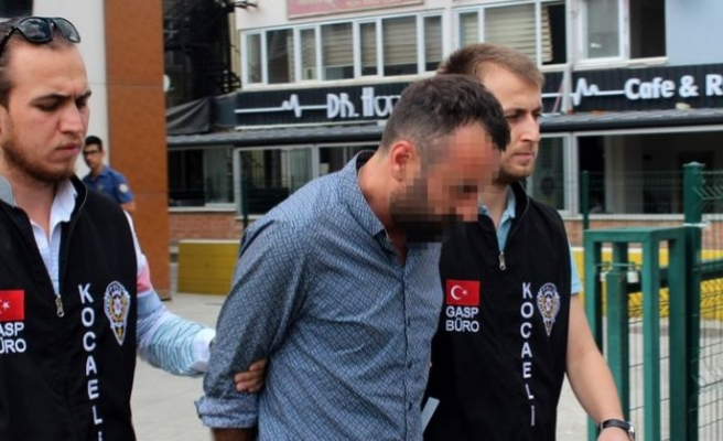 Cezaevinden izinli çıkıp taksici arkadaşıyla gasp yaptı