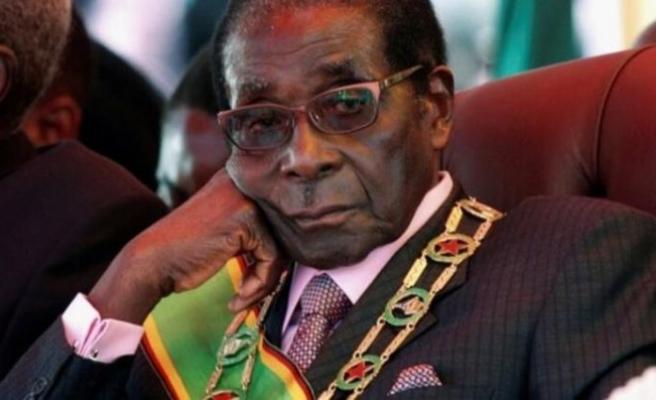 Robert Mugabe hayatını kaybetti