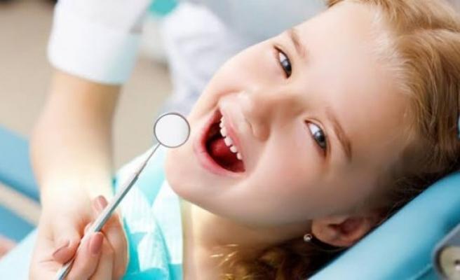 Çocuklar diş hekimine ne zaman götürülmelidir?
