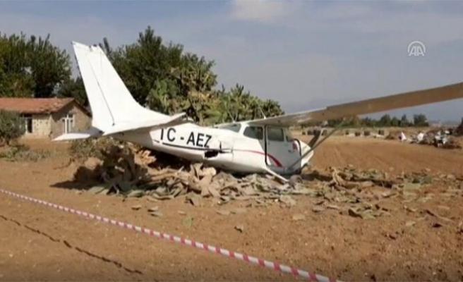 Sivil eğitim uçağı düştü