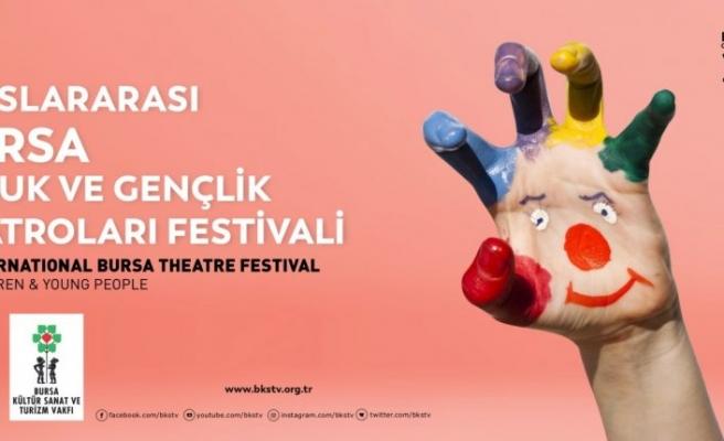 Uluslararası festival 'perde' diyor