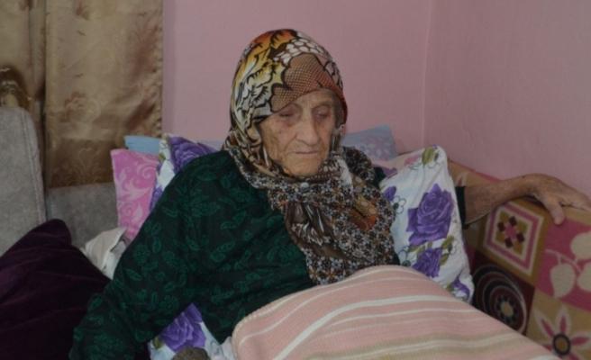 Bursalı 106 yaşındaki Şükriye nine Atatürk'ü anlattı