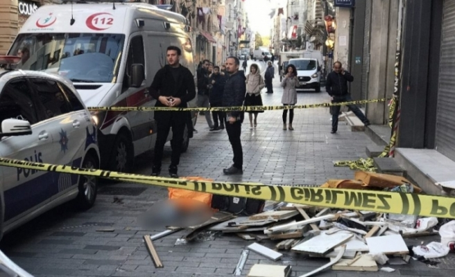 İstiklal Caddesi'nde korkunç ölüm!