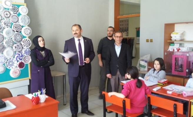 Bursa'da belediye başkanın evinin kapısında şaşırtan not