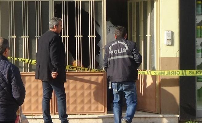 Bursa'da  bunalıma girdi, kendini tabancayla kafasından vurdu