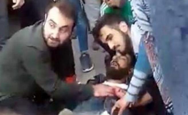 Sokak ortasında kavga! Kalbinden bıçaklanarak öldü