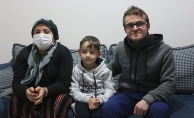 Bursa'da annesini ve ağabeyini kaybettiği kanseri yenmek için mücadele ediyor
