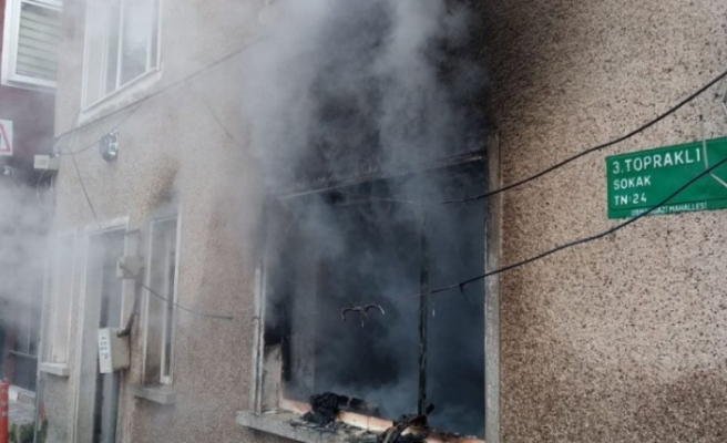 Bursa'da satılığa çıkarılan müstakil ev alev alev yandı!