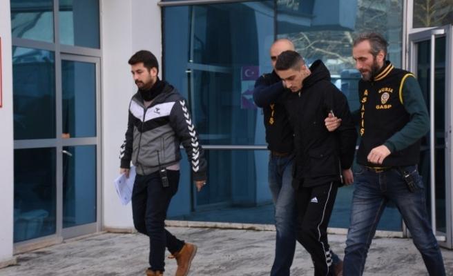 Bursa'daki silahlı soyguncu yüz tarama sistemi ile yakalandı