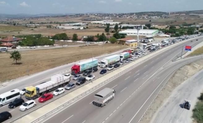 Bursa'da trafikte bayram yoğunluğu başladı