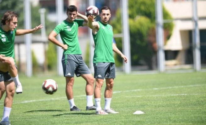 Bursaspor hazırlıklarını sürdürüyor