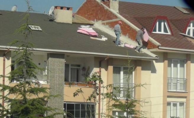 Bursa'da binanın tepesinde ölümle dans