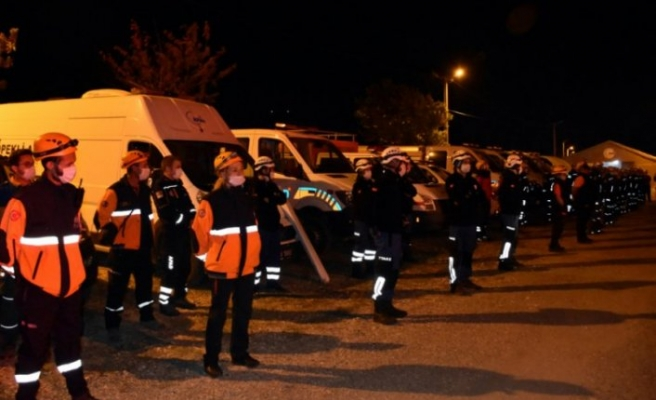 Bursa'da Marmara Depremi'nde hayatını kaybedenler anıldı