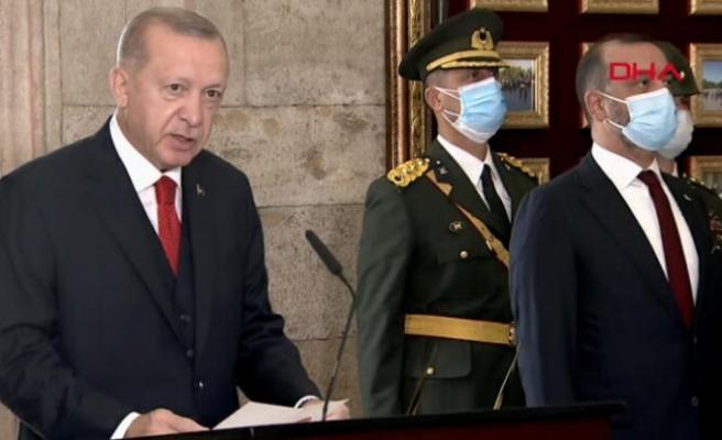 Devletin zirvesi Anıtkabir'de! İşte Cumhurbaşkanı Erdoğan'ın mesajı