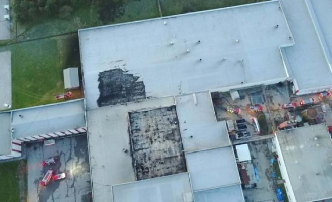 Yanan fabrikadan acı haber! 2 kişinin cesedine ulaşıldı