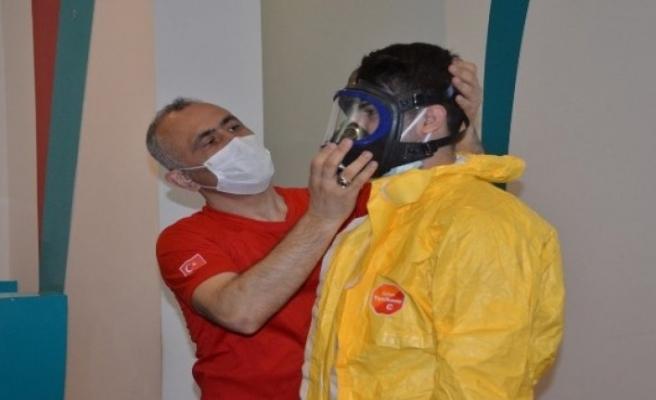 Bursa'da sağlık çalışanlarına KBRN eğitimi verildi