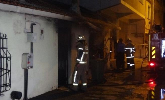 Bursa'da müstakil ev yangında küle döndü