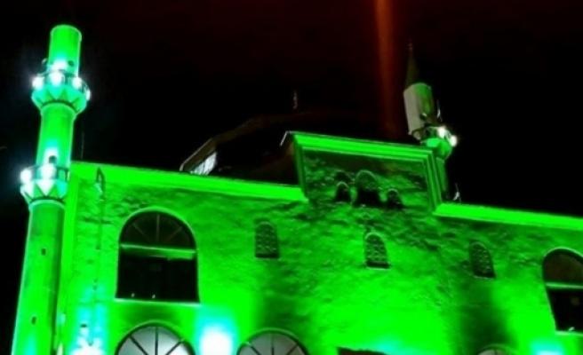 Anamur'daki Camiler Işiklandiriliyor