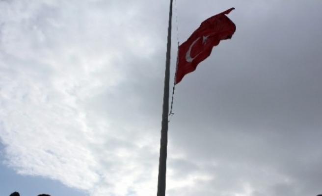 Anıtkabir Bayrağı Şimdi Datça Semalarını Süslüyor
