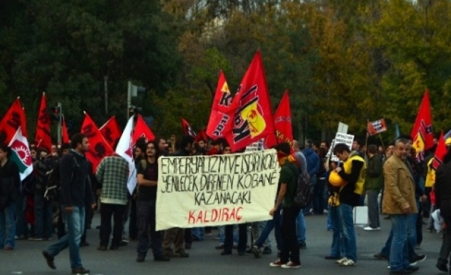 Ankara'daki Işid Eylemine Polis Müdahale Etti