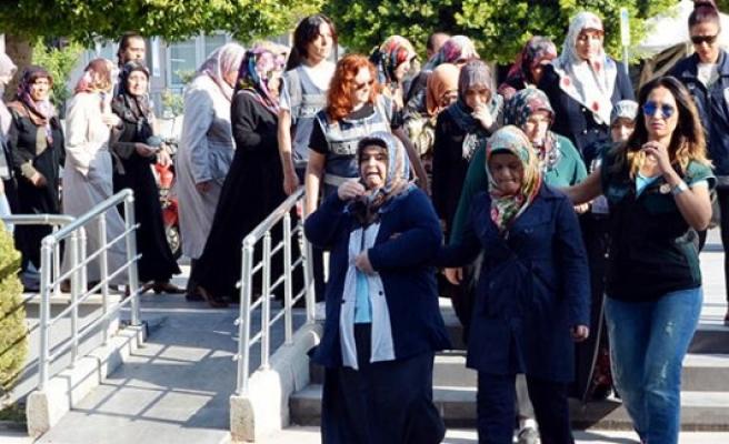 Antalya'da FETÖ/PDY operasyonu: 20 gözaltı