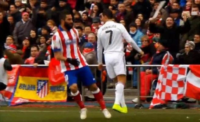 Arda Turan, Ronaldo'yu sinirlendirdi