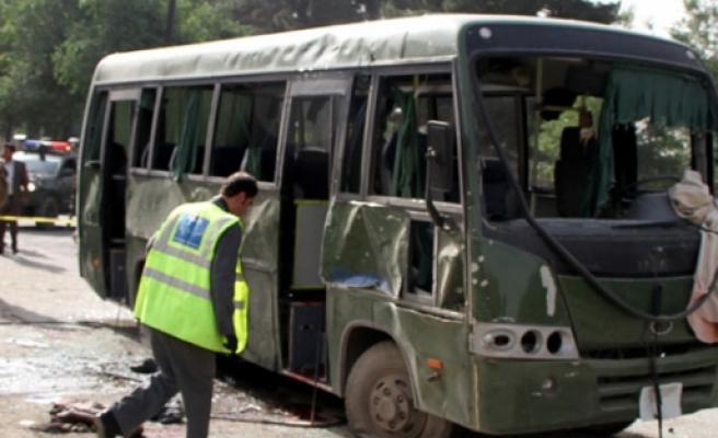Askeri araca bombalı saldırı! 8 ölü 13 yaralı