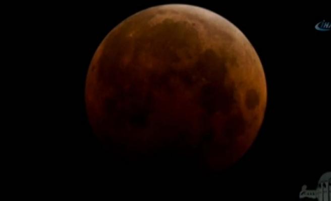 Ay tutulması büyüledi