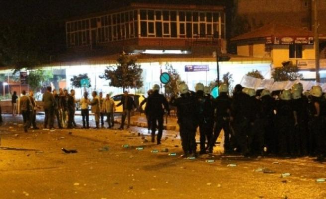 Aydın'da Işid Protestosuna Polis Müdahalesi