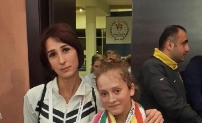 Ayşe Beyza Avrupa Şampiyonu Oldu
