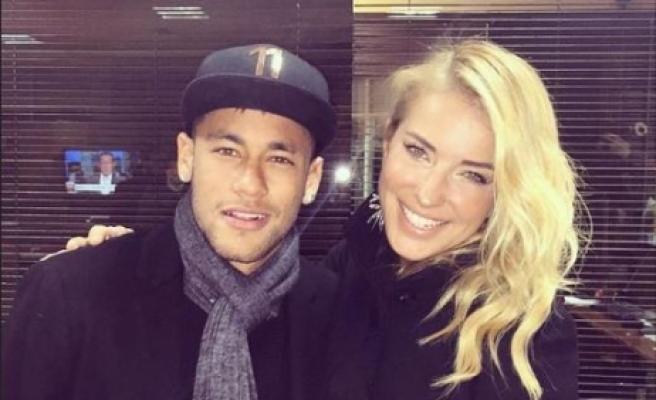 Burcu Esmersoy'dan Neymar cevabı