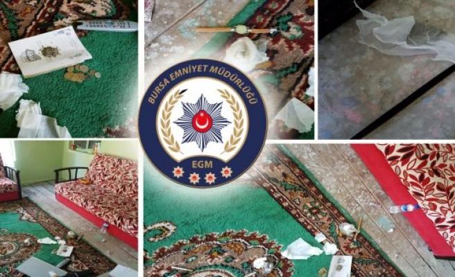 Bursa'da 25 kilo esrar ele geçirildi