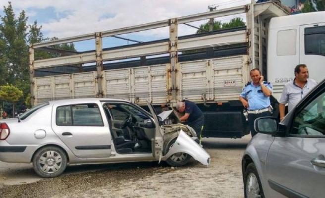 Bursa'da yaşanan kazada 4 polis yaralandı