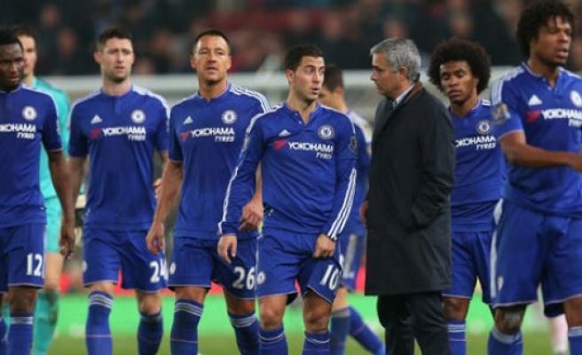 Chelsea ve Arsenal'e büyük şok!