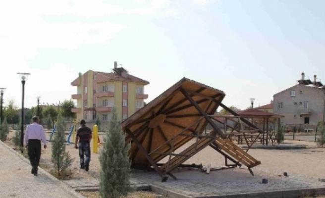 Cihanbeyli'de Parklar Tahrip Edildi