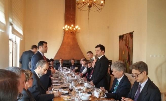 Demirtaş, Ab Üyesi 27 Ülkenin Büyükelçileri İle Yemekte Bir Araya Geldi