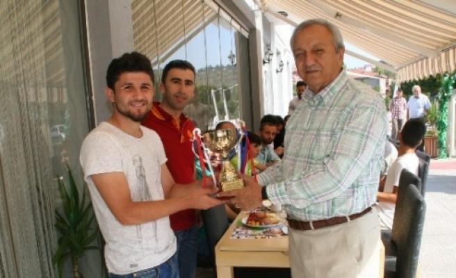 Devrek'te Futbolculara Kahvaltı Ödülü
