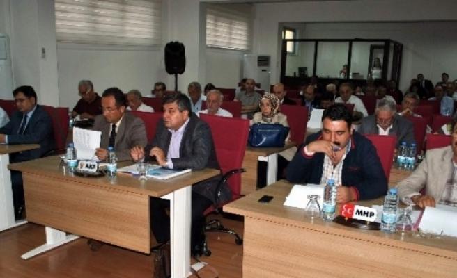 Efeler Belediye Meclisi Pazaryerlerini Görüştü