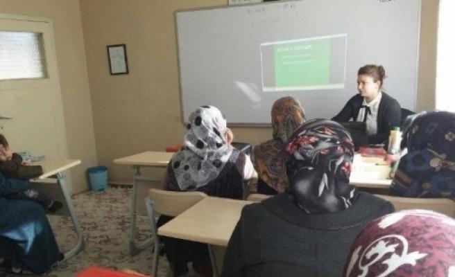 """Erzurum'da  """"etkili Ve Yetkin Ebeveynlik"""" Semineri"""