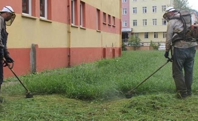 Giresun Belediyesi Okul Bahçelerini Yeni Eğitim Sezonuna Hazırlıyor