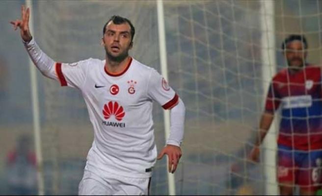 Galatasaray'ın gözden çıkardığı Pandev'in yeni takımı