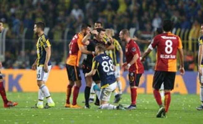 Gökhan Zan'dan Hamzaoğlu'na sert eleştiri