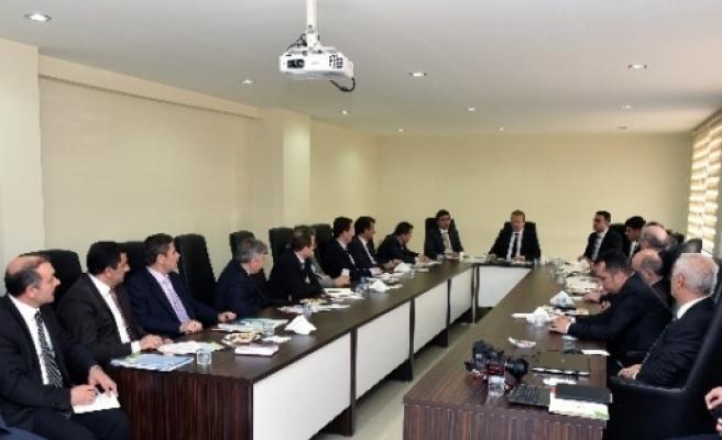 Gümüşhane'de İl Müdürleri Toplantısı Özel İdare'de Yapıldı