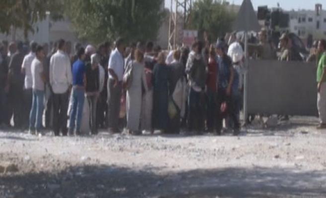 Hakkari'de gerginlik, 1 asker yaralı