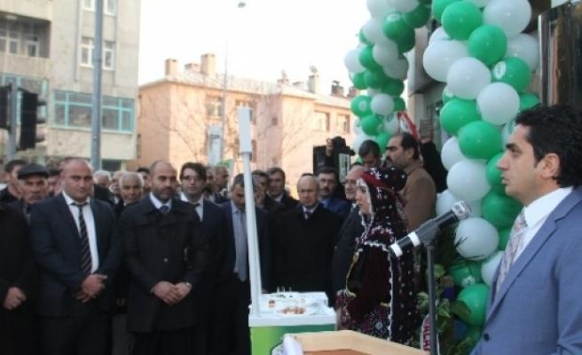 Iğdir'da Süt Satış Mağazası Açıldı